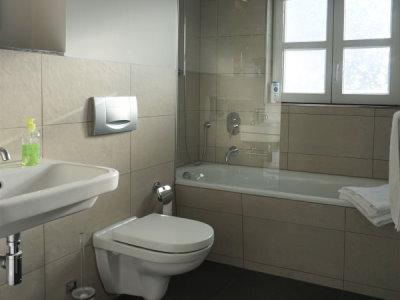 Bad WC Dusche OG