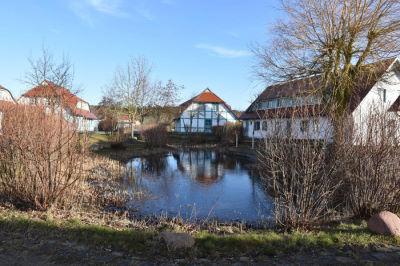 Winterlicher Sonnenuntergang über der Ostsee